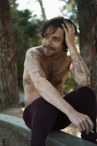 Simon Neil of Biffy Clyro photographed by Tom Oxley in 2009.