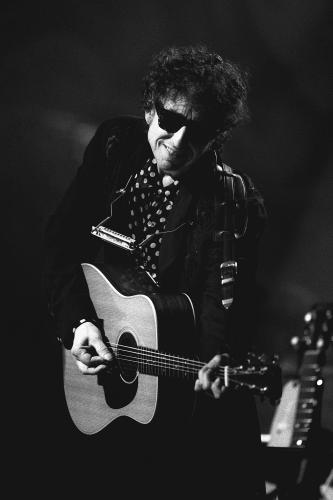 Bob Dylan performing on MTV unplugged at the Sony Music Studio in New York City on November 18