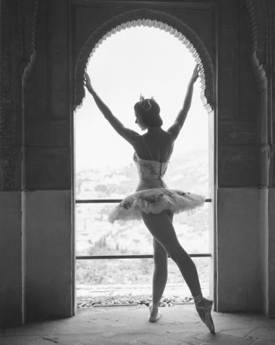 English ballerina Margot Fonteyn (1919 - 1991)