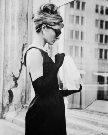Audrey Hepburn stops for lunch on Fifth Avenue during location filming for 'Breakfast At Tiffany's'.