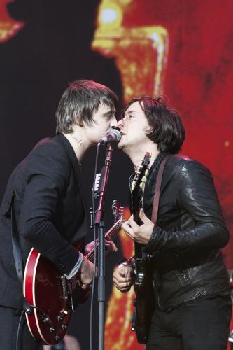 Carl Barat and Pete Doherty of The Libertines on stage together at the Reading Festival 2010.