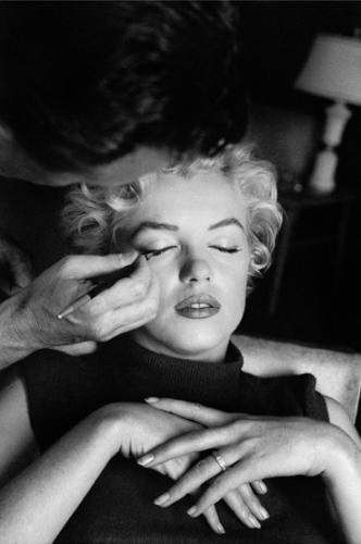 Whitey Snyder was Marilyn Monroe's makeup artist throughout her career: from her first screen test in 1946 to her funeral makeup in 1962. The pair developed a close working relationship. Towards the end of her life