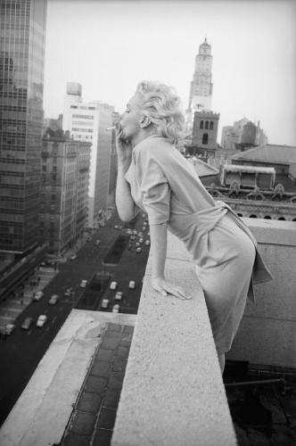 Marilyn Monroe on the balcony of the Ambassador Hotel