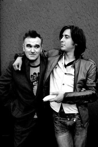 Carl Barat and Morrissey photographed together in 2004.