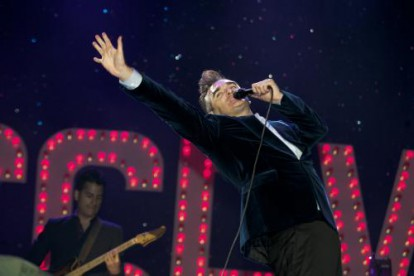 Morrissey at The Reading Festival 2004.