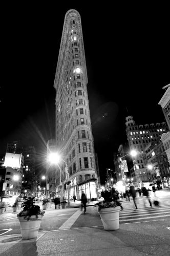 The Flatiron Building photographed in November 2013 by Stephen Albanese Sonic Editions print