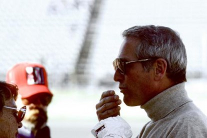 Paul Newman eating popcorn at Indianapolis in 1979.