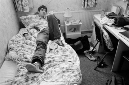 Noel Gallagher photographed on the phone in 1995.
