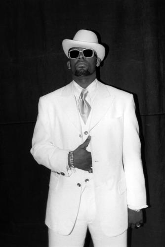 R.Kelly photographed backstage