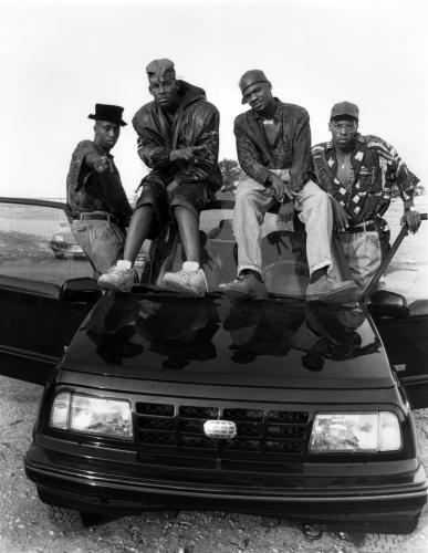 R. Kelly (2nd left) And Public Announcement (Andre Boykins