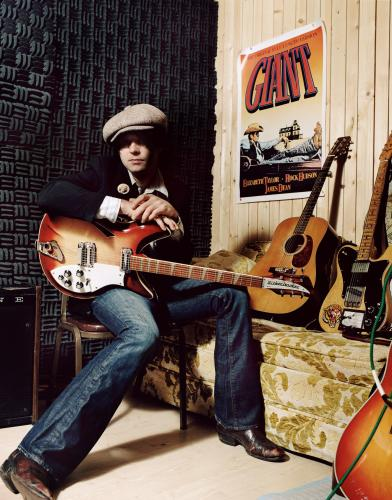 Ryan Adams photographed with his Rickenbacker
