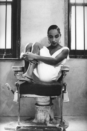 Sade photographed by Peter Anderson  in 1986.