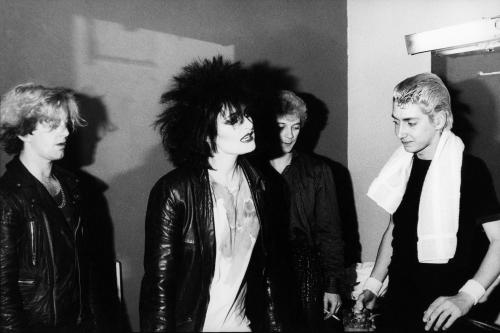 Siouxsie & the Banshees photographed backstage by Peter Anderson. Early 1980s.