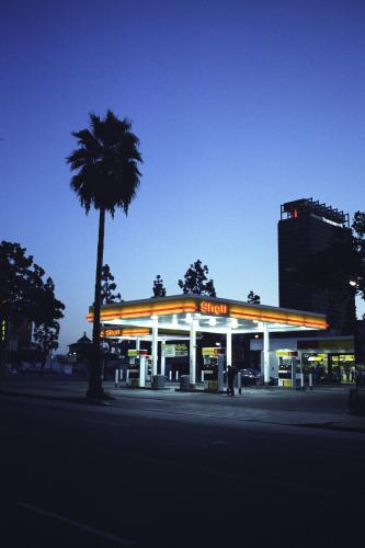 A Shell garage photographed in Los Angeles