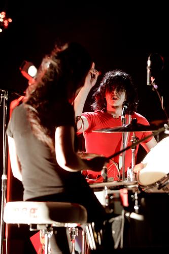 The White Stripes at Reading 2004.